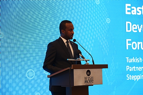 Gamal M. Hassan Somali Minister of Investment, Planning & Economic Development